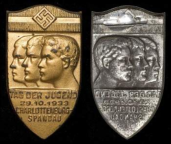 Значки NSDAP,WHW,NSKOV ,HJ и прочие (Tinnies & Political Badges-536644346_743acfa207_o-jpg